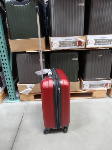 Ricardo carryon spinner costco