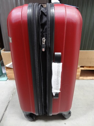 Ricardo 20 Superlight Carry On Spinner Luggage