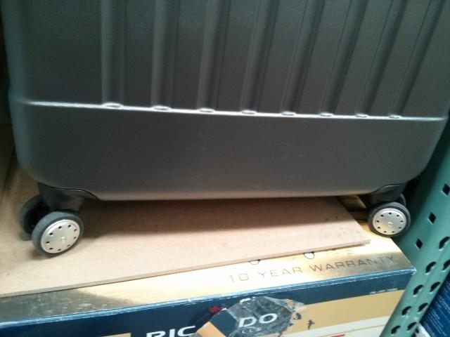 Ricardo 2 Piece Hardside Spinner Set Costco
