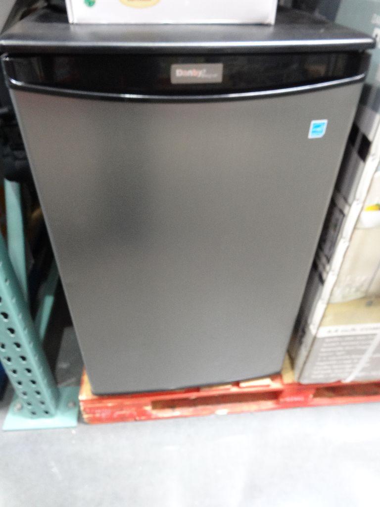Danby Compact Refrigerator Model Dar044a2sldd