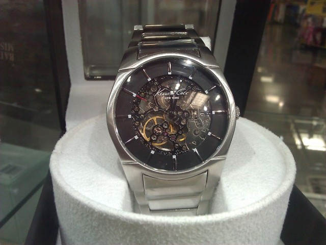 Kenneth Cole Automatic Watch plus Winder Costco