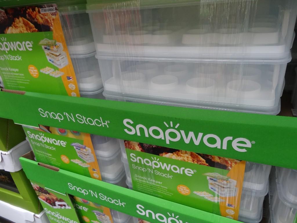 Snapware Snap N Stack Cupcake Carrier