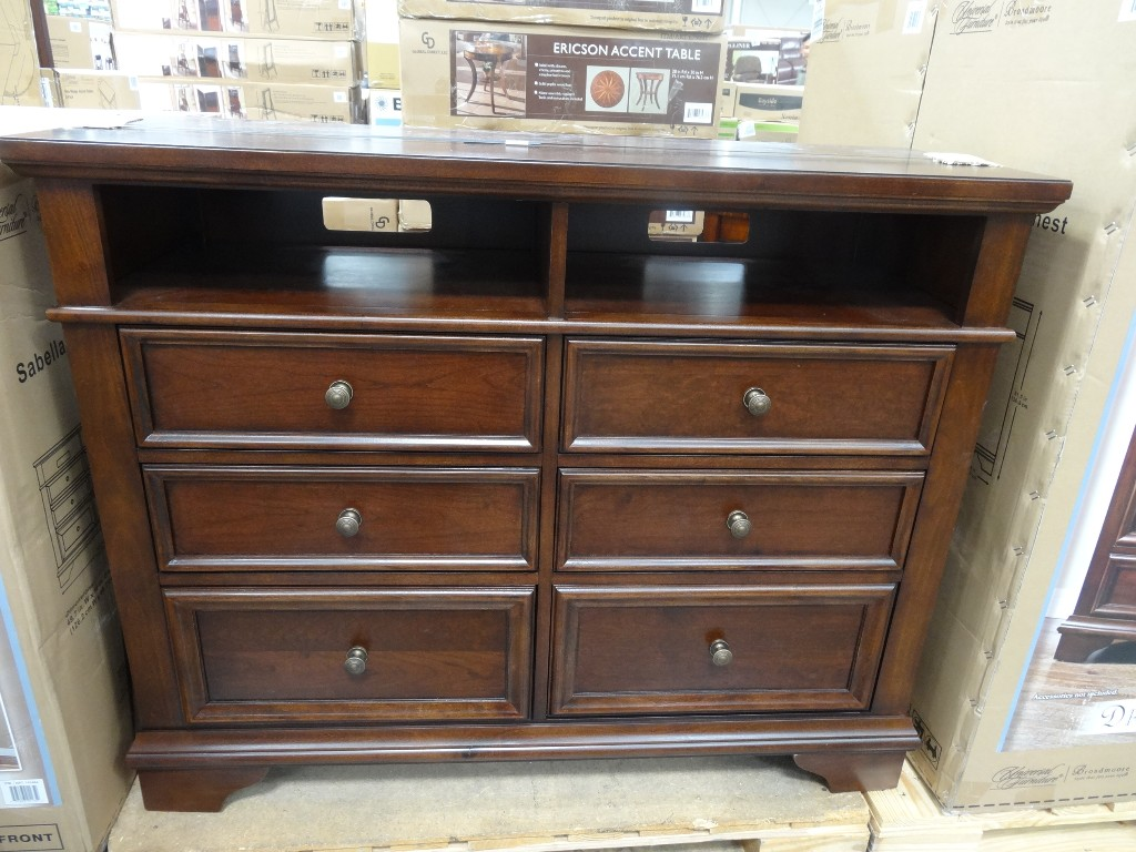 Universal Furniture Sabella Media Dresser Costco