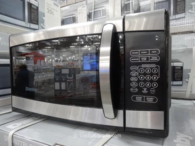 Danby 700 Watt Microwave