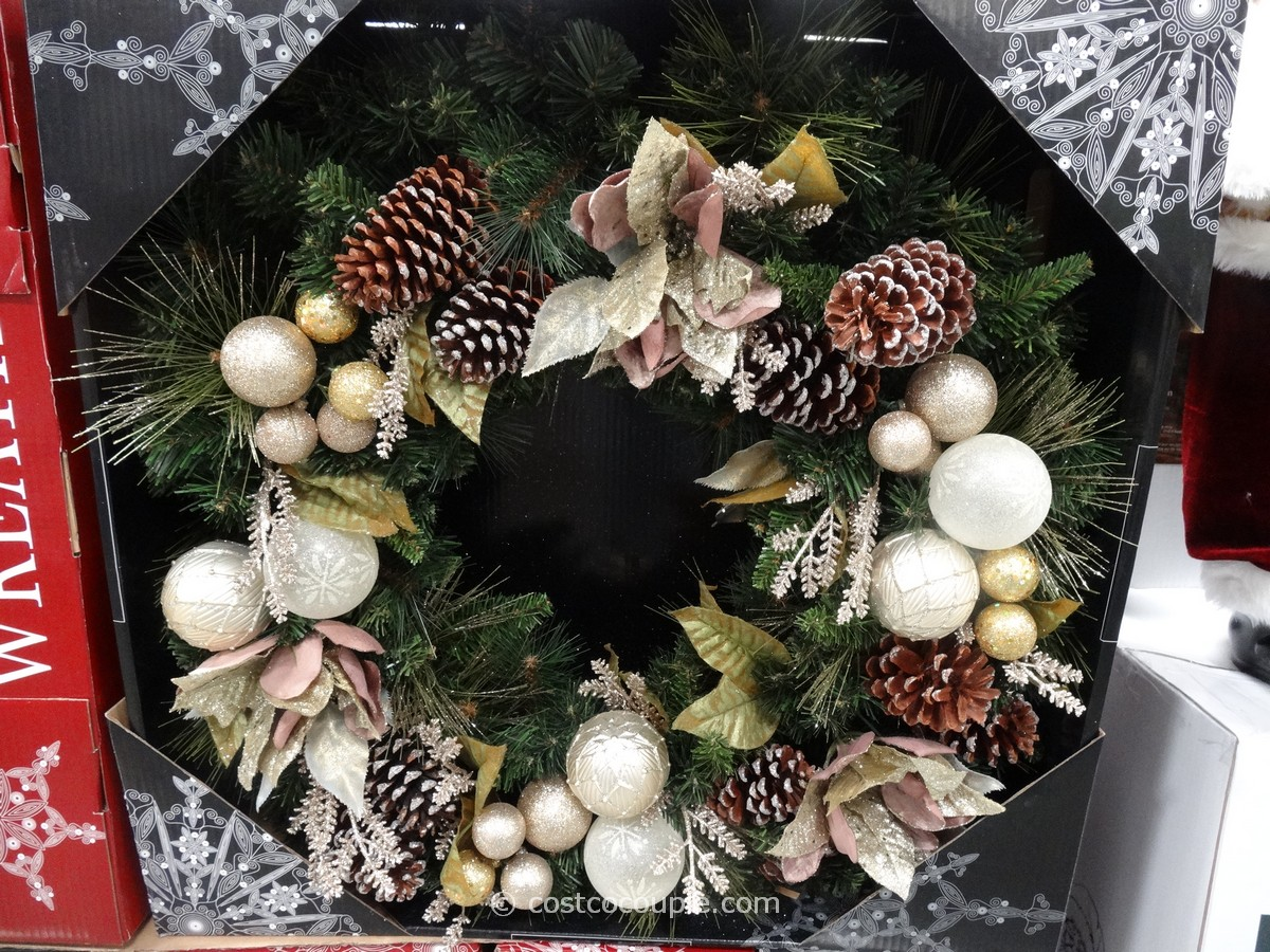 Kirkland Signature 32 Inch Decorated Wreath