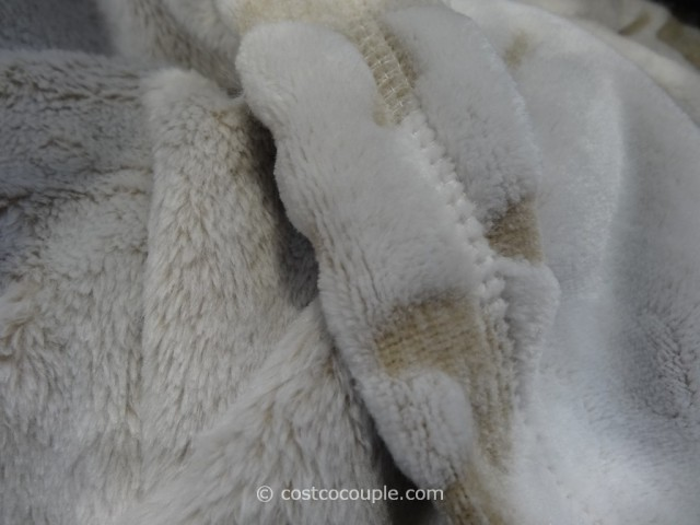 Life Comfort Sculpted Plush Throw Costco 4