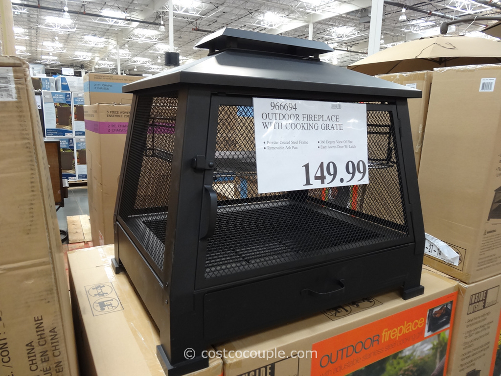 Outdoor fireplace with cooking grate for Foyer exterieur costco