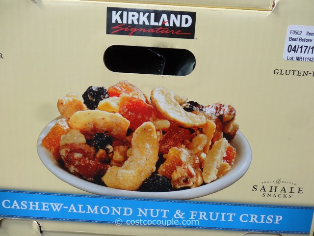 Kirkland Signature Cashew-Almond Nut and Fruit Crisp Costco 3