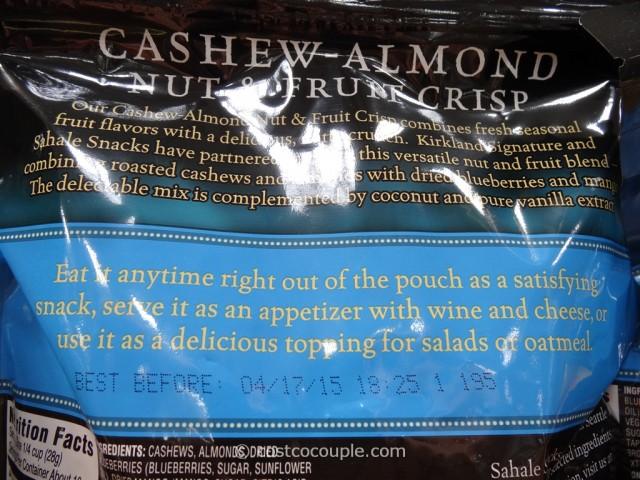 Kirkland Signature Cashew-Almond Nut and Fruit Crisp Costco 4