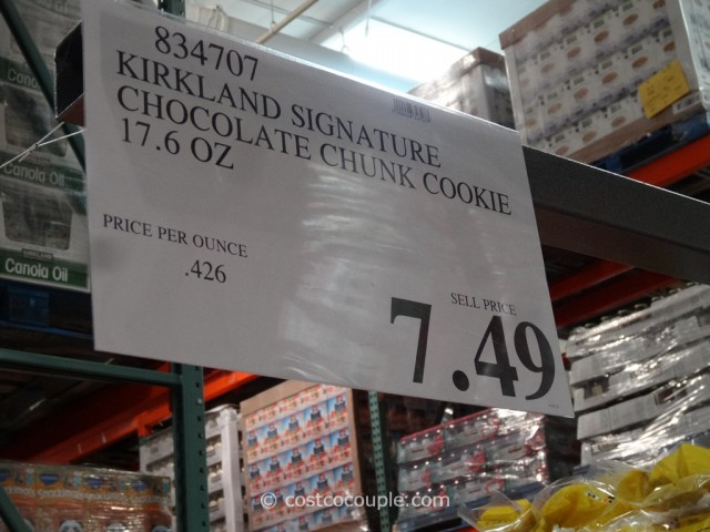 Kirkland Signature Chocolate Chunk Cookies Costco 1