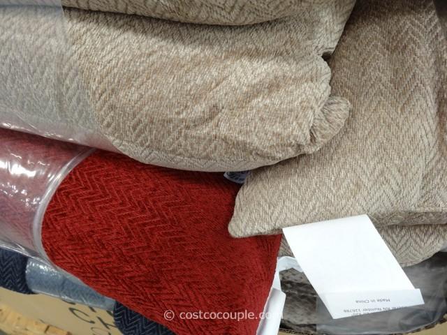 Studio Chic Home Decorative Pillows : StudioChic Home Pillows