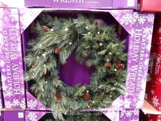 32-Inch Battery Operated Wreath Costco 1