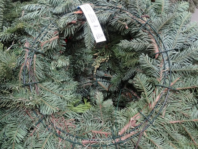 28-Inch Fresh Mixed Wreath Costco 5