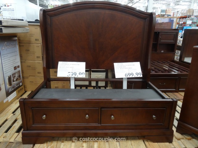 Universal Furniture Lyndhurst Bed