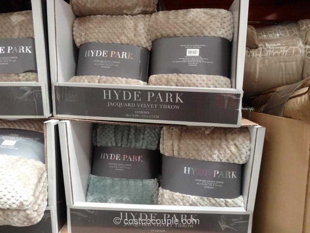 Hyde Park Jacquard Velvet Throw Costco 1