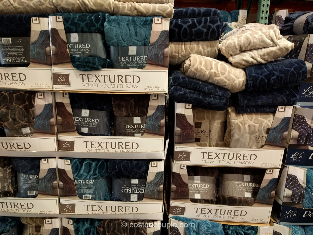 life-comfort-velvet-plush-throw-costco-2