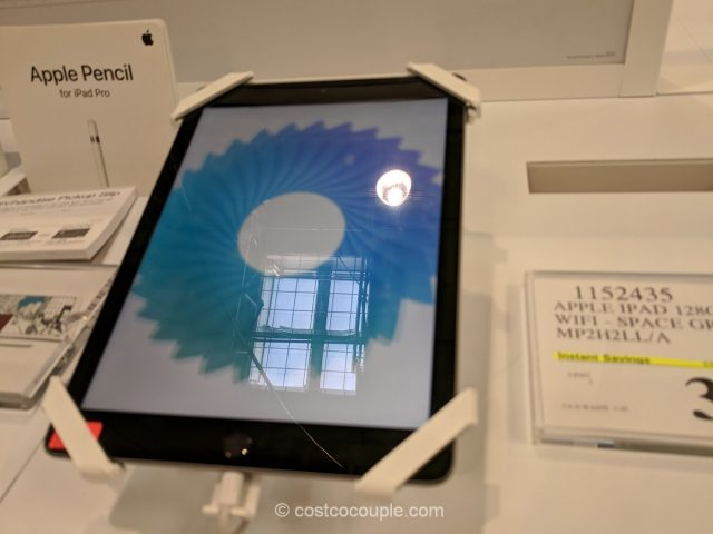 Apple iPad 128 GB Costco