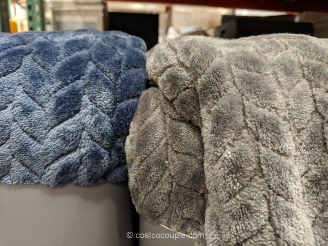Monte & Jardin Jacquard Velvet Throw Costco
